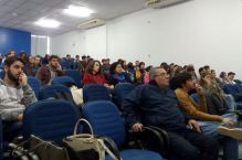 Mesa redonda debate o futuro profissional com estudantes da Univali