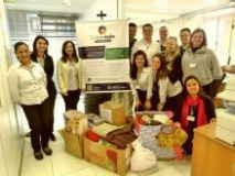 CredCrea entrega doa��es do programa Coopera��o a entidades filantr�picas