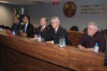 Palestra sobre responsabilidade civil dos engenheiros abre reuni�o do CDR